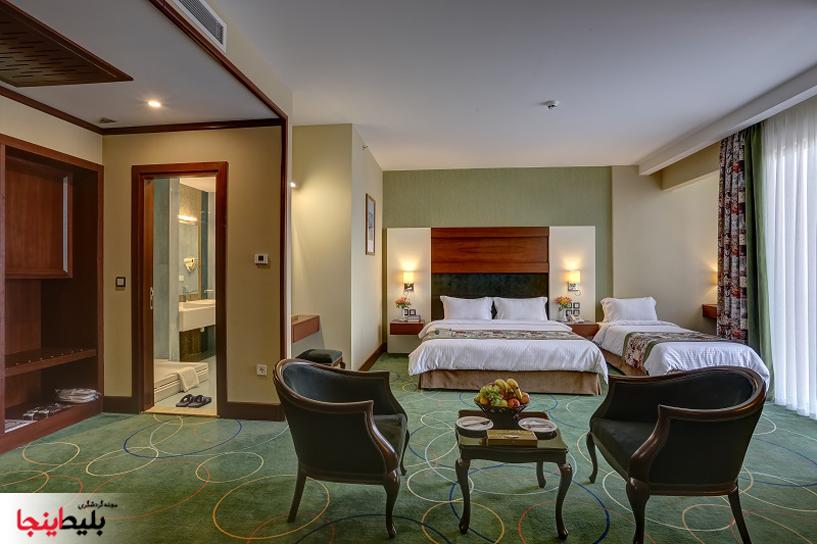 اتاق سه نفره مجلل وخیلی شیک هتل هما شماره یک مشهد در خیابان احمدآباد