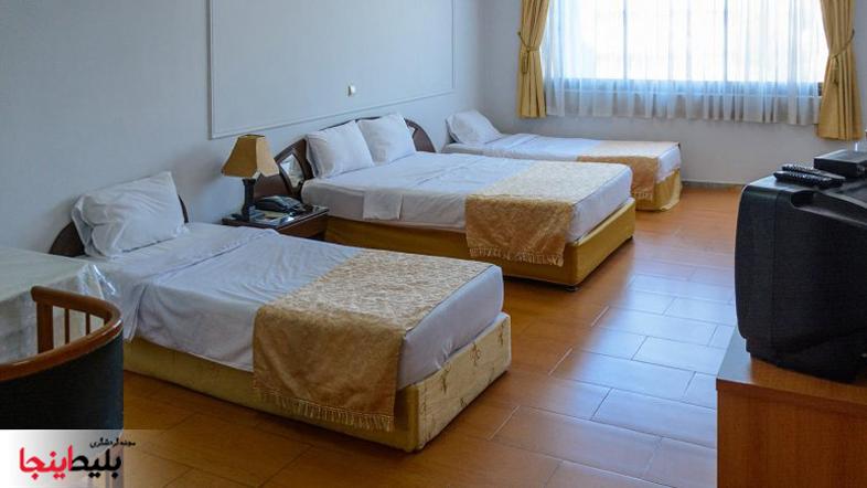 هتل فرید مشهد دارای اتاق های چهار نفره می باشد با امکانات کاملا عالی در منطقه ی احمدآباد مشهد